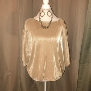 Gold small pleat top